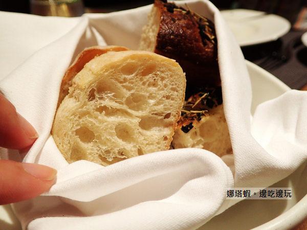 肉商重砲出擊! 美福乾式熟成牛排館:極黑和牛老饕上蓋肉PK乾式熟成帶骨肋眼