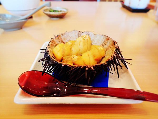 【函館美食】海膽全餐豪華上桌!うにむらかみ海膽專門餐廳(函館朝市內)
