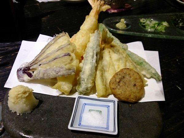 捷運中山站美食|二月半そば 蕎麦麺,日本人也讚不絕口的道地蕎麥麵