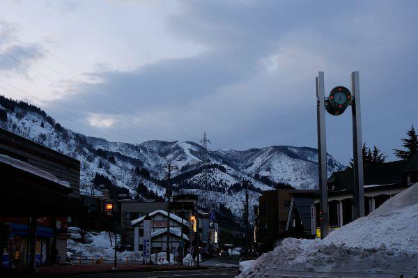 日本苗場滑雪記行之2:越後湯澤篇,得過諾貝爾文學獎的雪景