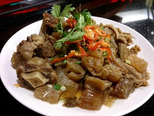 【內湖美食】美福熟成21牛肉麵,牛肉一級棒!