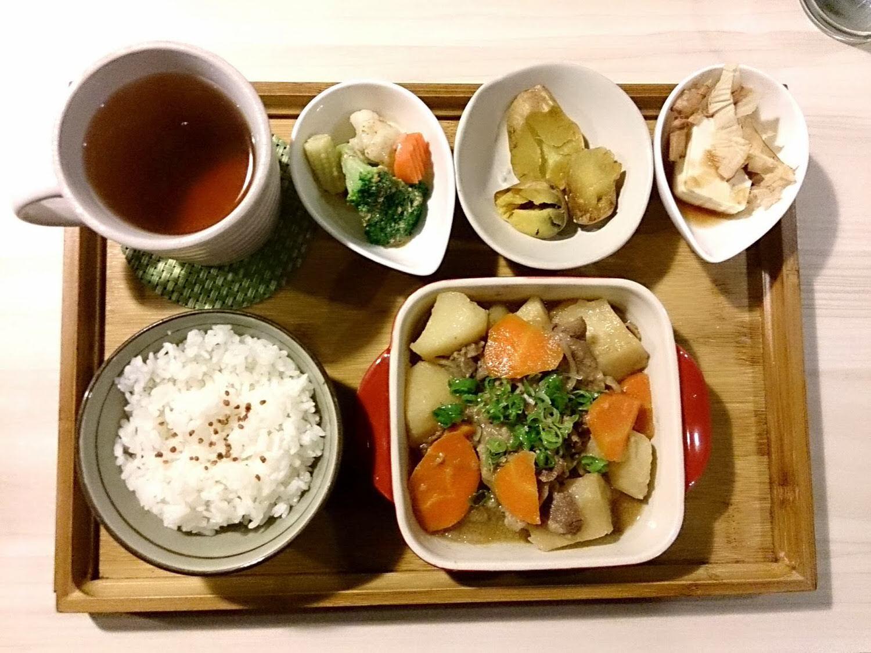 Machikaka WACAFÉ 抹茶控也瘋狂的甜點天堂-馬鈴薯燉肉定食