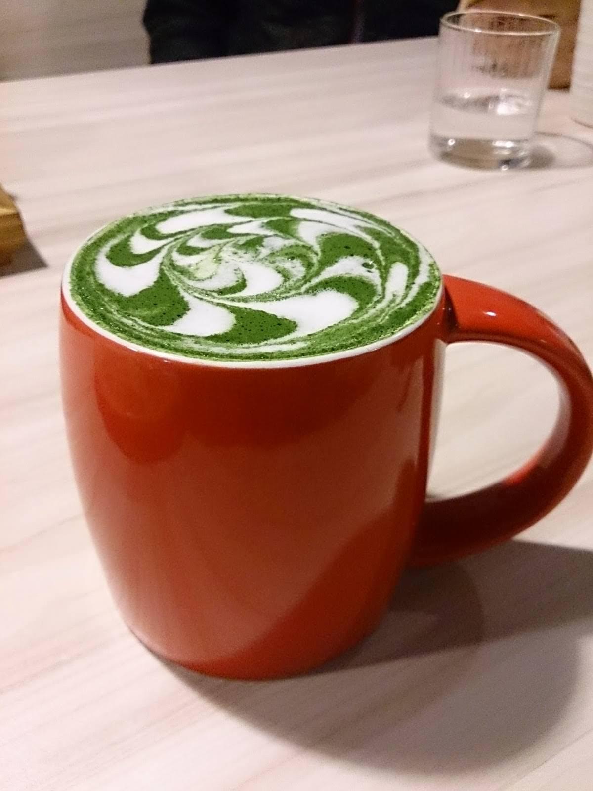 Machikaka WACAFÉ 抹茶控也瘋狂的甜點天堂-抹茶拿鐵
