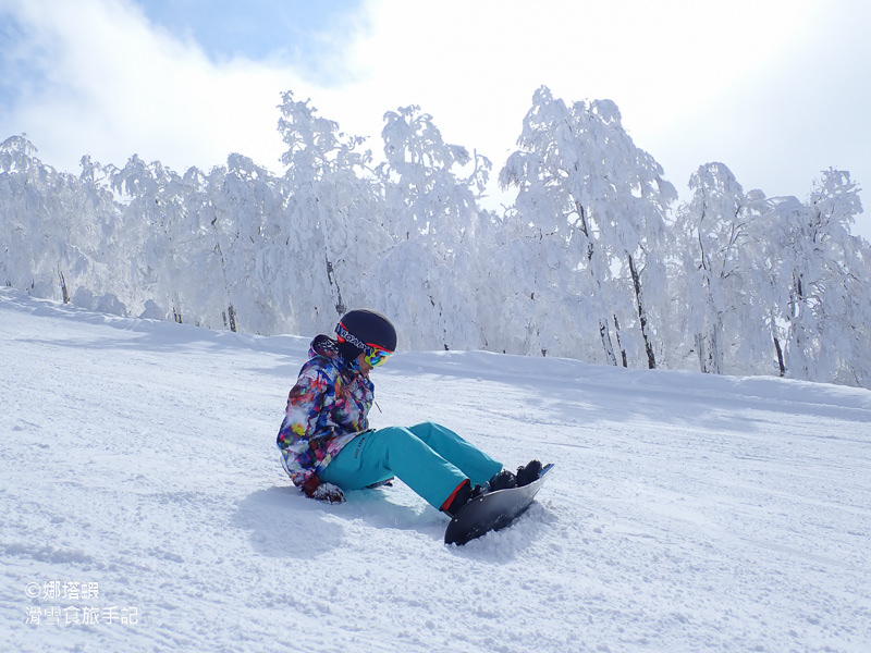 第一次滑雪該準備哪些東西?穿發熱衣、沒穿滑雪防摔褲絕對NG!
