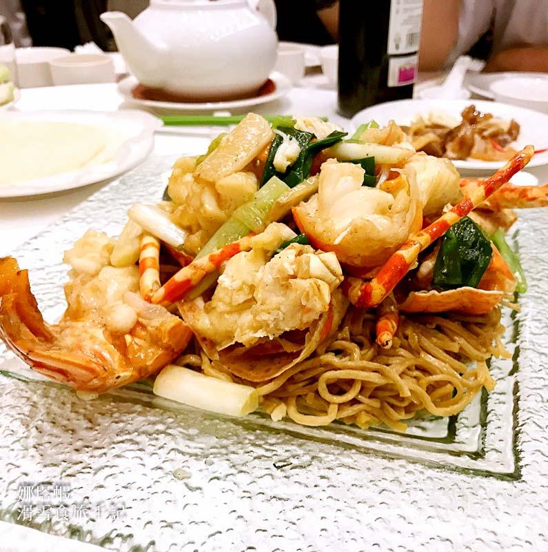 台北|龍都酒樓內湖店|吃脆皮烤鴨就是要到龍都,4月烤鴨半價優惠!